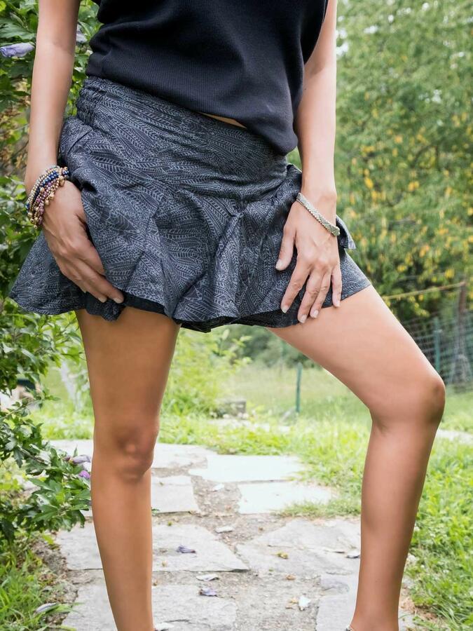 Short pant-skirt with ruffles Alka - dark gray