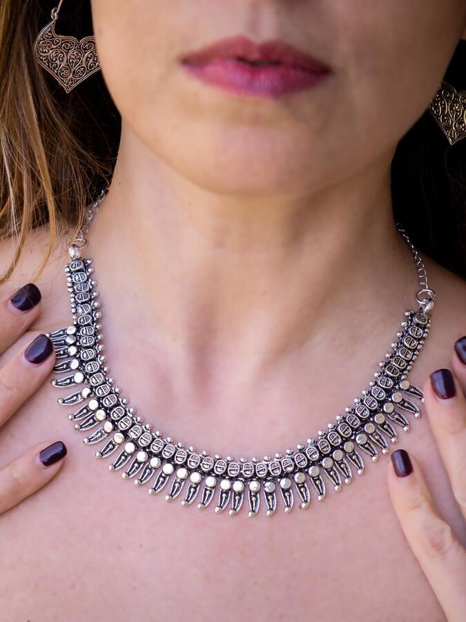 Collana donna corta etnica placcata argento