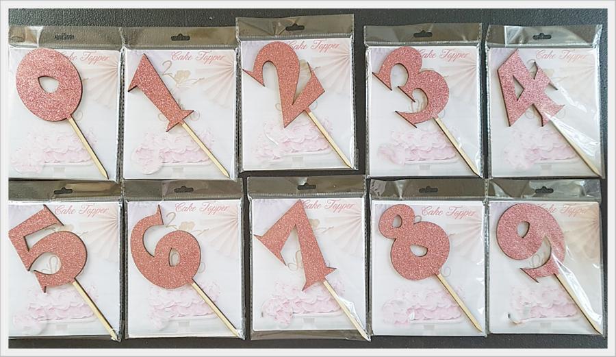 Numero Modello Funny Legno Glitterato Rosa 9cm