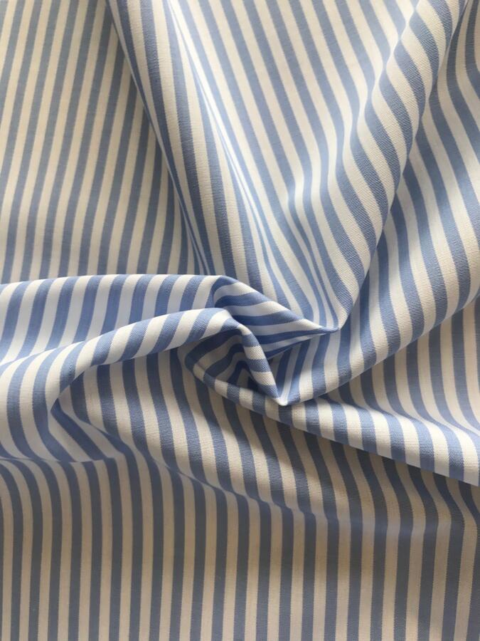 Taglio per camicia - righe azzurre