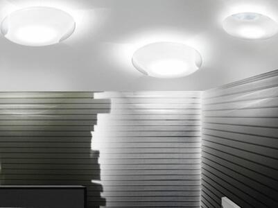 Lampada a Soffitto LIO al LED in Vetro Bianco e Cristallo Trasparente di Vetreria Vistosi, Varie Misure - Offerta di Mondo Luce 24