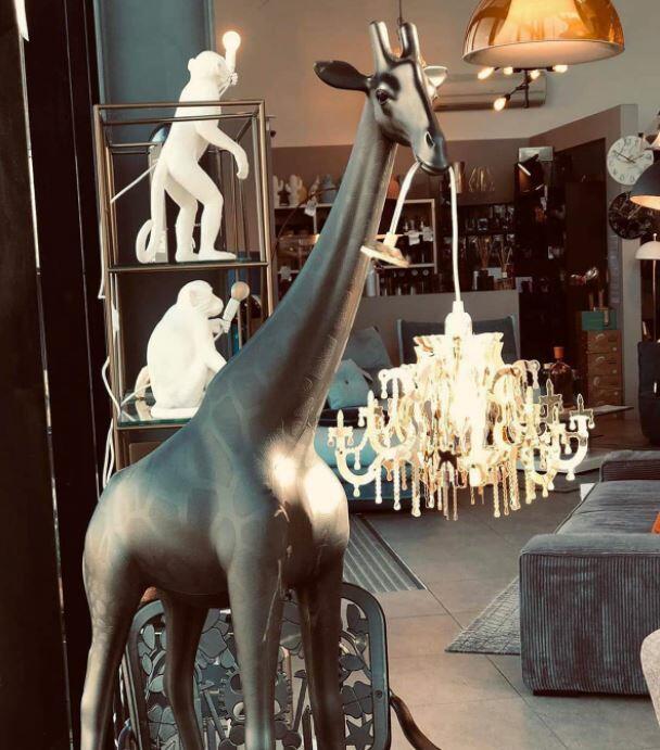 Lampada Giraffa Innamorata XS di Qeeboo in Polietilene, Varie Finiture