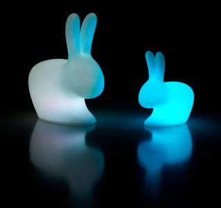Lampada Ricaricabile da Tavolo Rabbit XS al LED di Qeeboo in Polietilene - Offerta di Mondo Luce 24