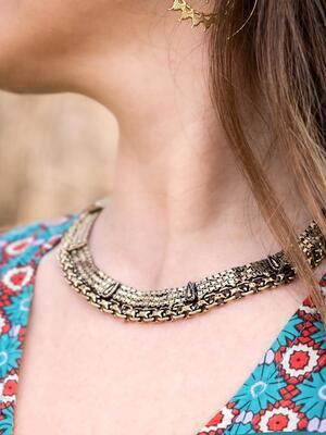 Collana donna a collare rigido stile antico ottone