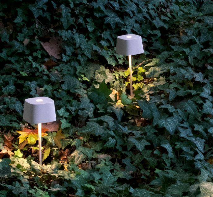 Lampada Ricaricabile da Tavolo OFELIA PRO di Zafferano in Metallo, Varie Finiture - Offerta di Mondo Luce 24