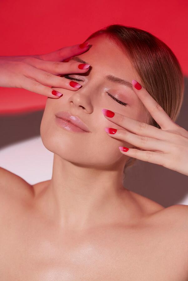 "TNS NAIL COLOUR ""RED SUNSET"" 611"
