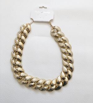 Collana dorata