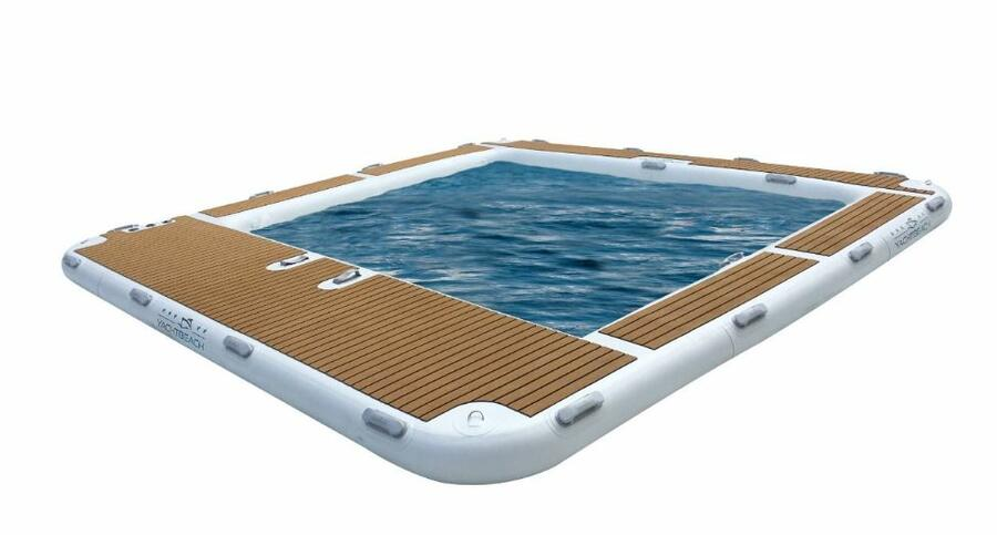 Piscina Gonfiabile per Yacht 4,1x4,1 metri Luxury Pool Dropstich di Yachtbeach - Offerta di Mondo Nautica 24