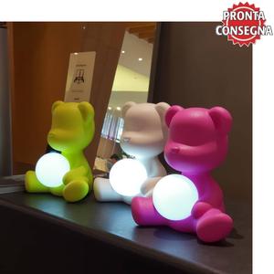 Lampada da Tavolo e da Terra Teddy Girl al LED ricaricabile di Qeeboo in Polietilene, Varie Finiture - Offerta di Mondo Luce 24