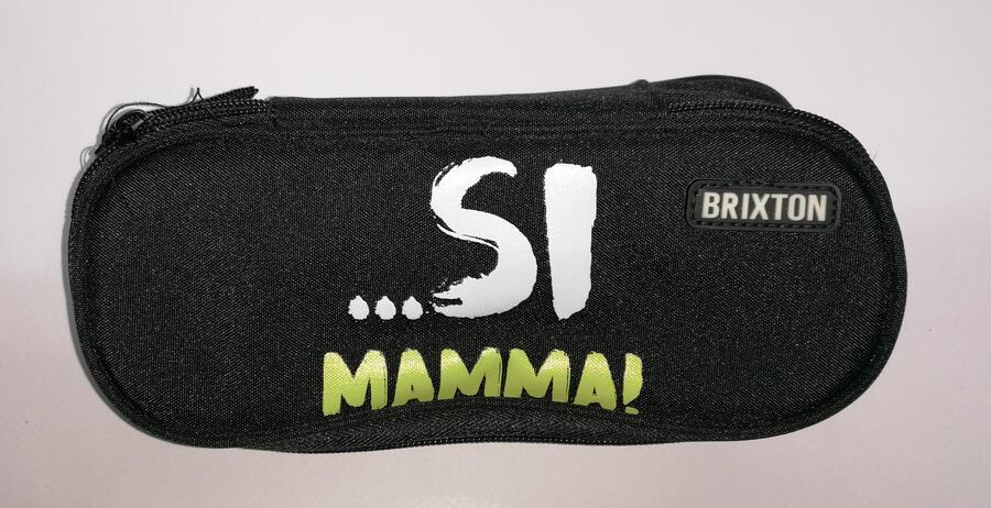 """ASTUCCIO 1 ZIP """"SI MAMMA"""" BRIXTON"""