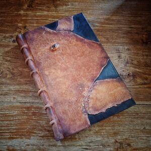 Necronomicon - grande formato 27x19 - Il libro della mitologia di Cthulhu, H.P. Lovecraft