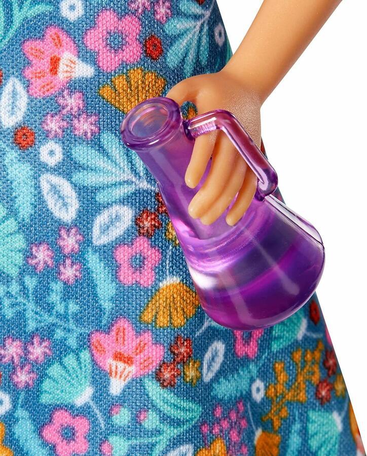 Barbie Insegnante con 10 accessori - Mattel GJC23 -3+