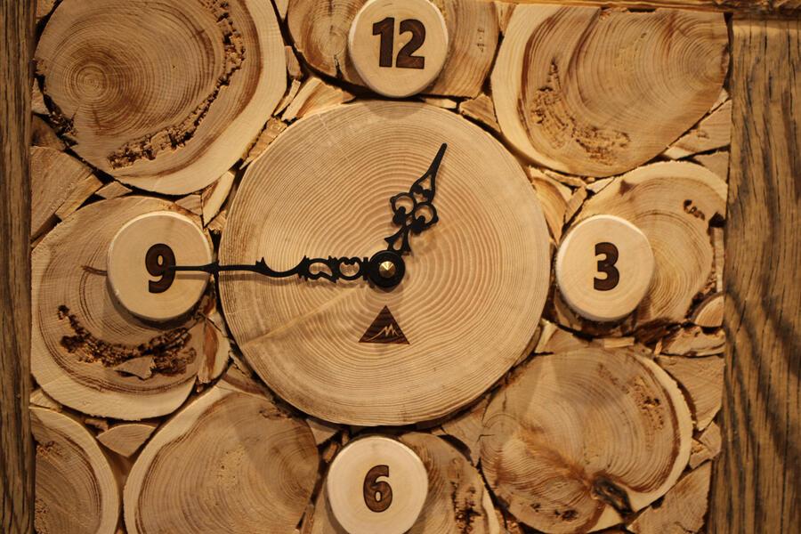 Orologio rustico 3