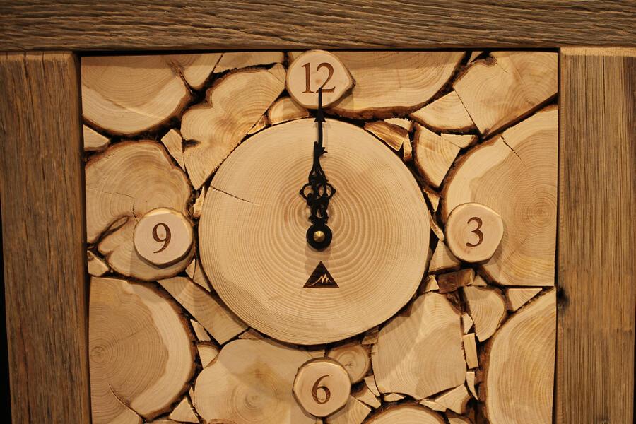 Orologio rustico 8