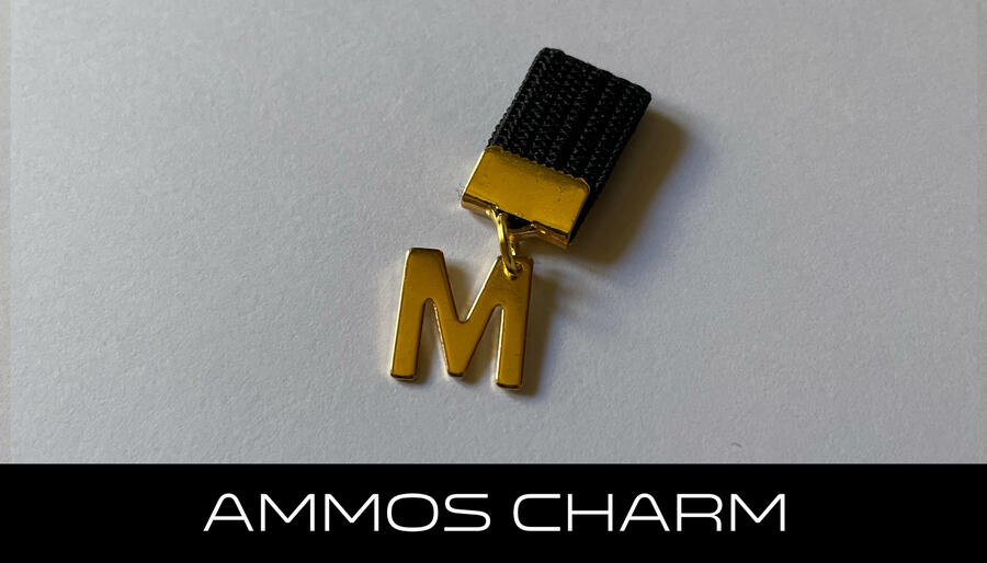 AMMOS CHARM - LETTERA M