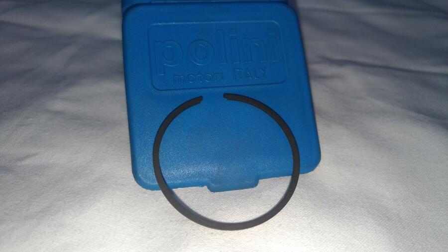 Ricambio Minimoto Polini . Segmento / fascia elastica D.36 .
