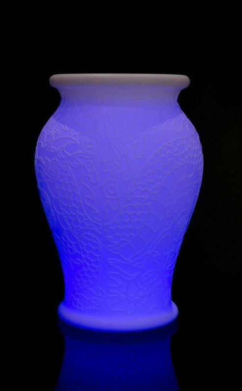 Lampada da Terra per Esterno e Fioriera MING al LED Ricaricabile di Qeeboo - Offerta di Mondo Luce 24
