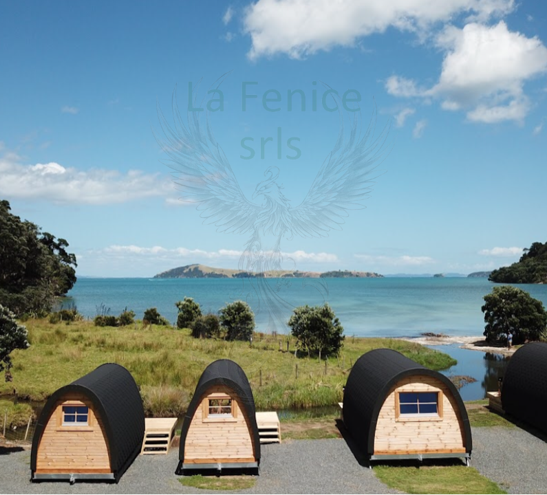 Glamping Pod  in legno di pino nordico con bagno Mod. LOVA 2,40 x 5,90 – Coibentato - 126mm - Assemblato