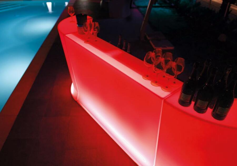 Bancone Bar Luminoso per Esterno MARVY al LED in Polietilene di Lyxo Design - Offerta di Mondo Luce 24