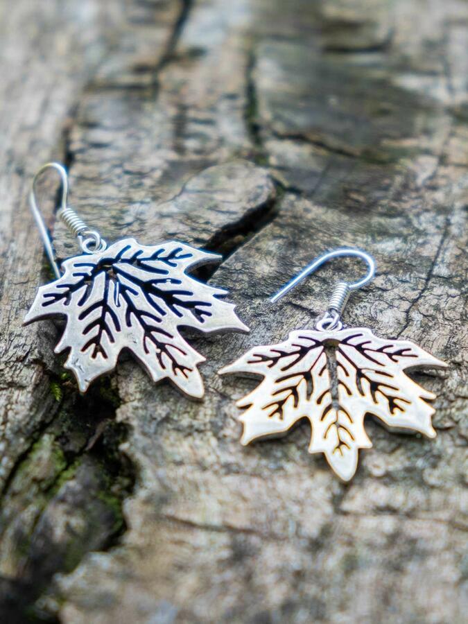 Silver-plated leaf earrings