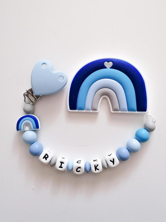 catenella portaciuccio con massaggiagengive arcobaleno azzurro