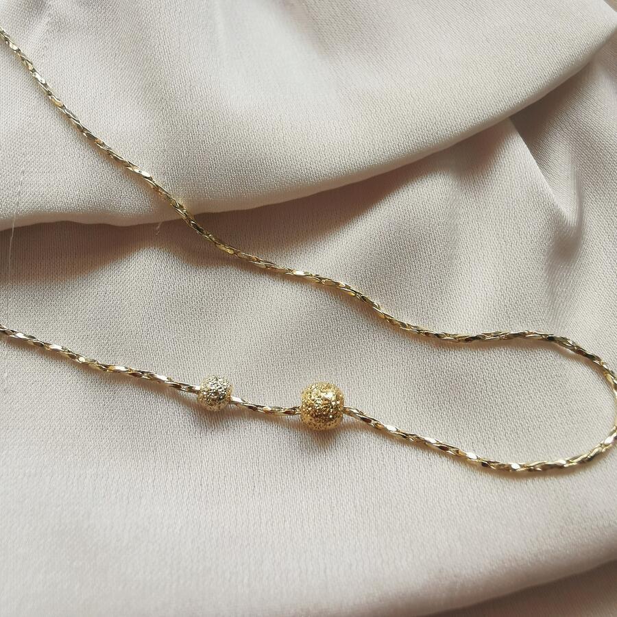 Cavigliera in gold filled con piccole sfere diamantate