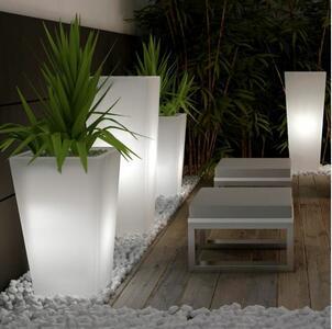 Vaso Luminoso per Esterno JONAS OUTDOOR al LED in Polietilene di Altèra, Varie Misure - Offerta di Mondo Luce 24