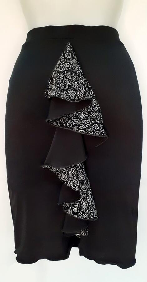 TANGO AND DANCE SKIRT WITH VORTICE RUCHES BEHIND 2-0045