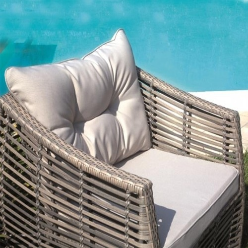 Set divanetti professionali MATERA divano + 2 poltrone cuscino + tavolino rattan sintetico avana SET52