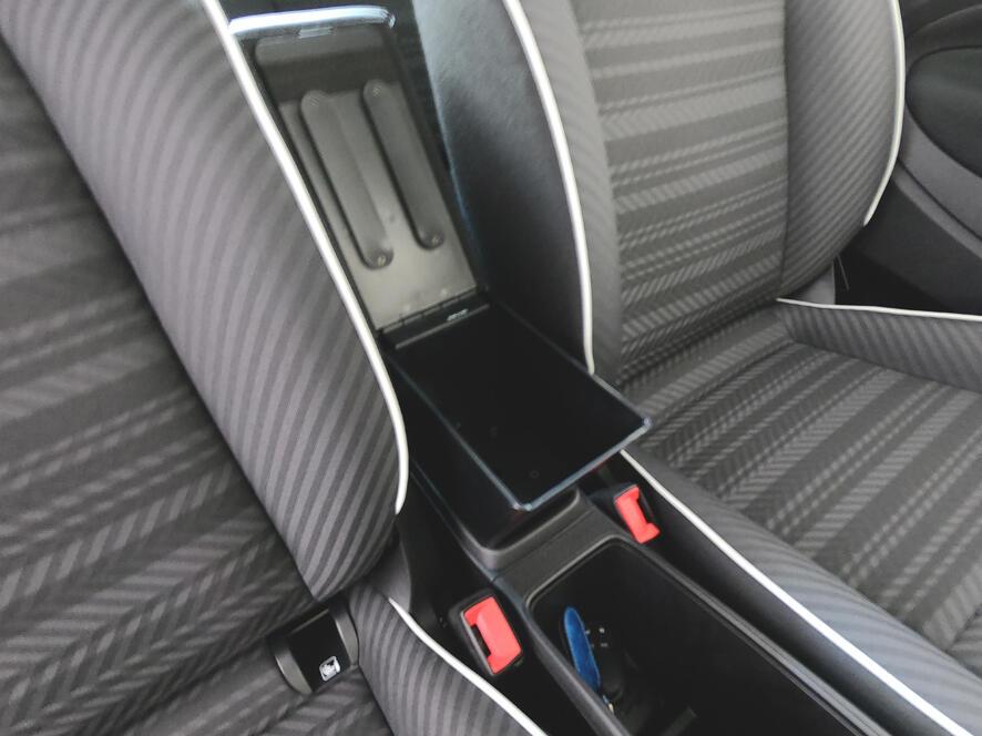 Mittelarmlehne für Fiat 500E (elektrisch) in der Länge verstellbaren