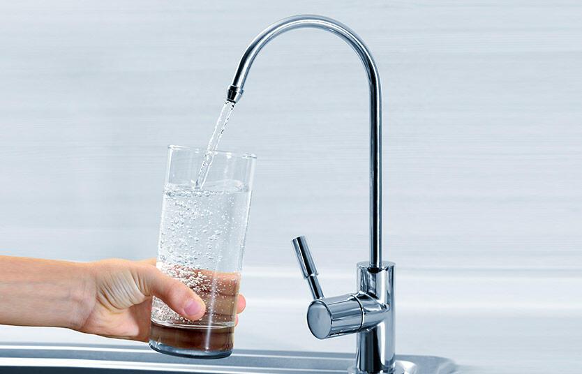 Depuratore acqua osmosi inversa Acquafidaty Compact e rubinetto una via