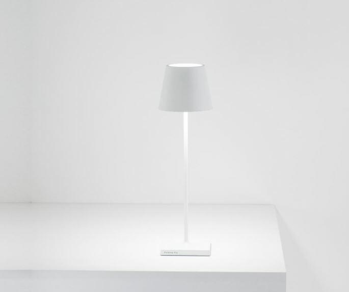 Lampada Ricaricabile da Tavolo POLDINA PRO Colore Bianco di Zafferano in Pronta Consegna - Offerta di Mondo Luce 24