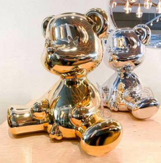 Lampada da Tavolo e da Terra Teddy Boy METAL FINISH Colore Gold di Qeeboo in Pronta Consegna - Offerta di Mondo Luce 24