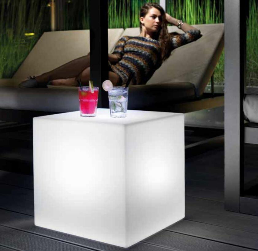 Tavolino Luminoso al LED per Esterno HOME FITTING CUBO di Lyxo Design - Offerta di Mondo Luce 24