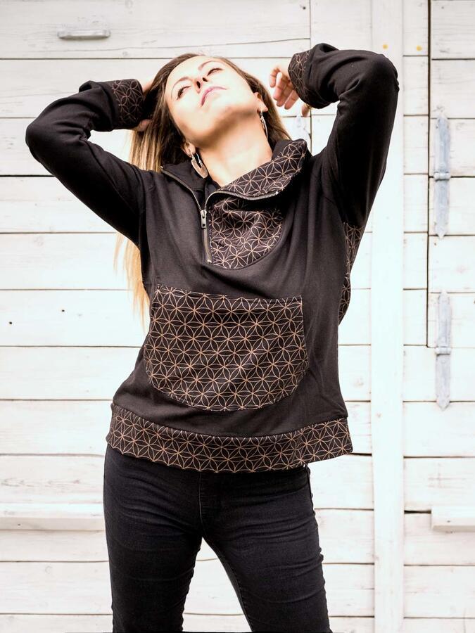 Felpa donna Tushar collo con zip asimmetrica e cappuccio - patchwork nero marrone