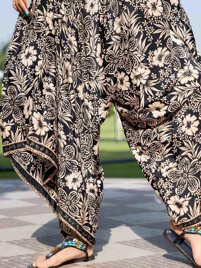 Vestito Tuta lungo Juhi gambe svasate - nero oro
