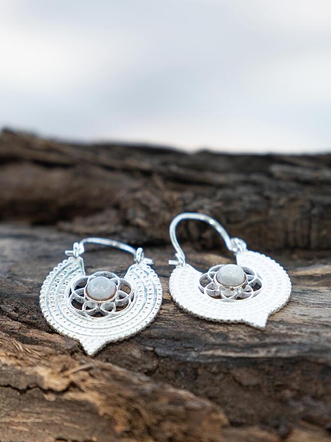 Orecchini mini argento rotondi a fiore con Pietra di Luna