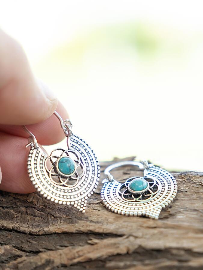 Orecchini mini argento rotondi a fiore con Pietra Turchese