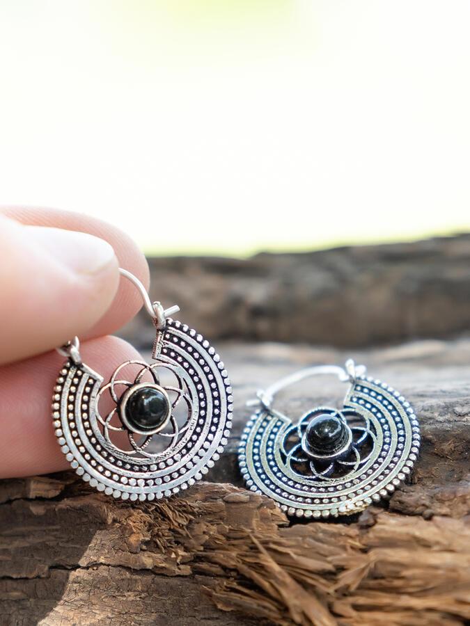 Orecchini mini argento rotondi a fiore con Pietra Onice Nero