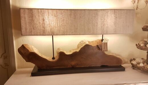 Lampada da Tavolo SUNSET di Nature Design con Sezione di un Tronco d'Albero, Varie Finiture - Offerta di Mondo Luce 24