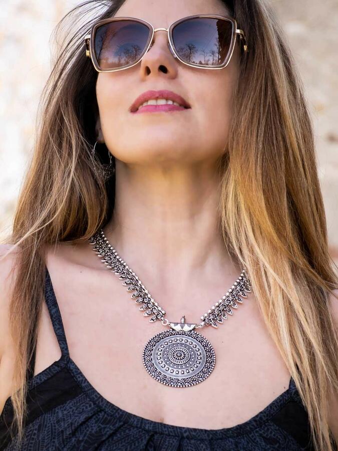 Collana donna medaglione in ottone stile antico placcata argento