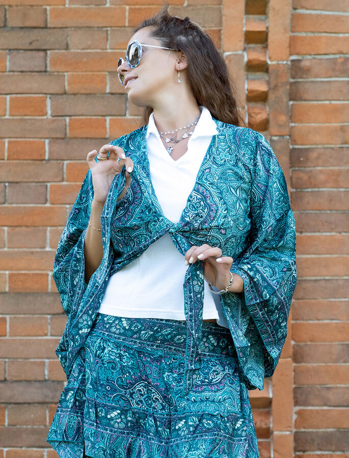 Coprispalle Bani a kimono corto - verde acqua rosa