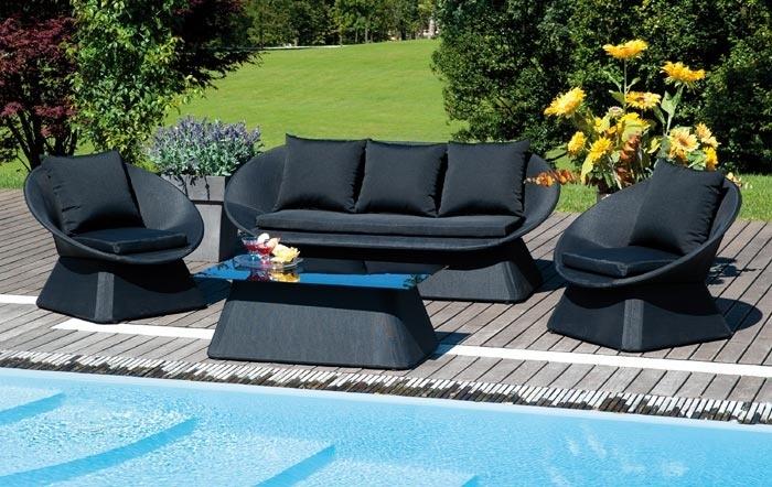 Divano Nero Cuscini : Set salotto giardino chia divano poltrone tavolino vetro