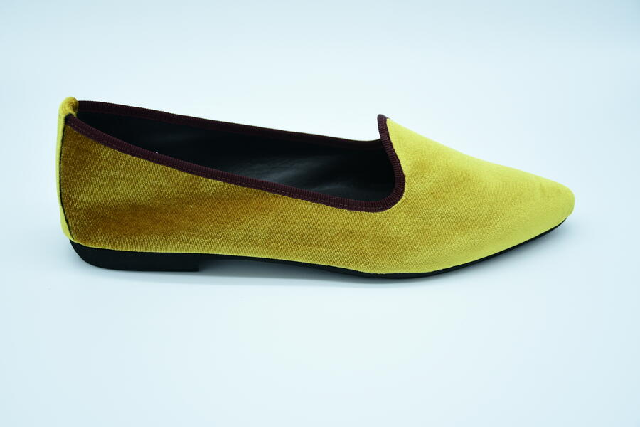 Friulana gialla in velluto a punta