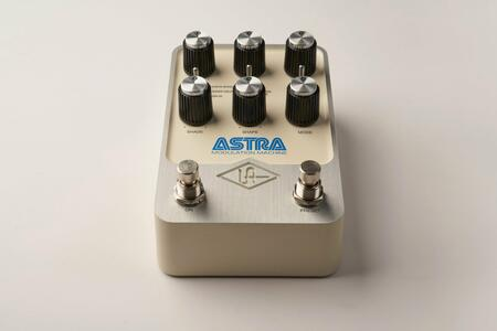 Universal Audio - UAFX Astra Modulation Machine