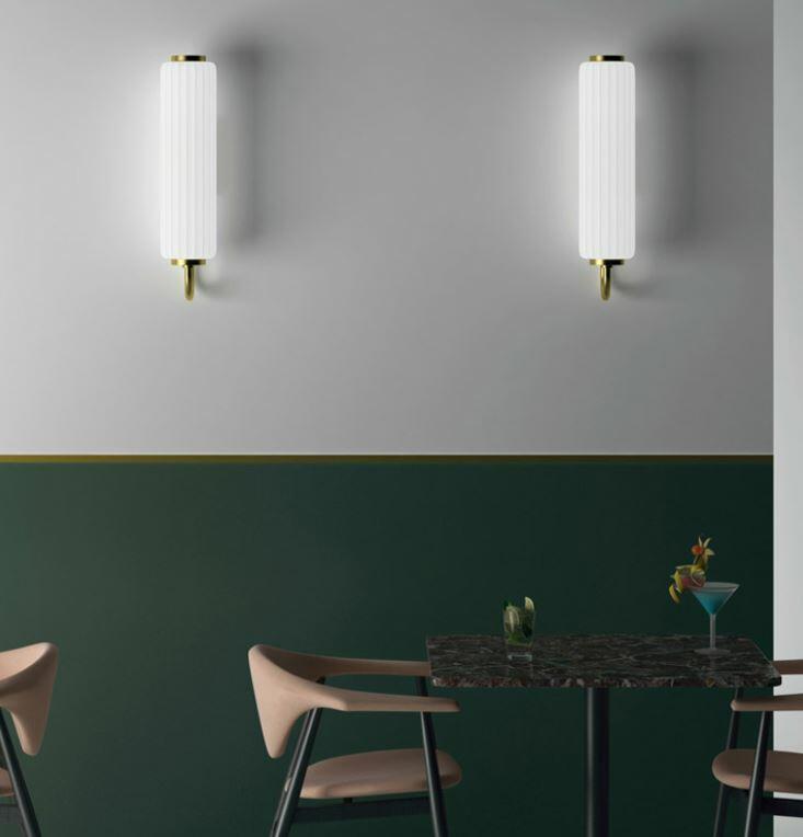 Lampada da Parete CORDIALE al LED in Polietilene e Ottone Satinato di Slide, Varie Finiture - Offerta di Mondo Luce 24