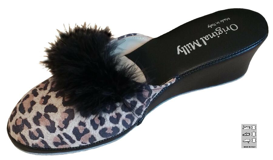 Milly 300 Leopard ciabatte da camera chiuse in punta con piuma Marabou