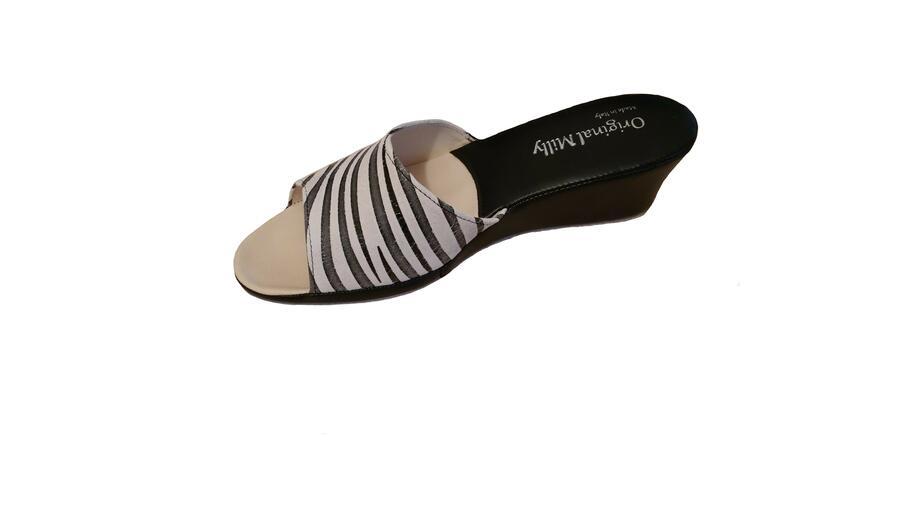 Milly 103 Zebrato bianco nero ciabatte pelle da camera aperte