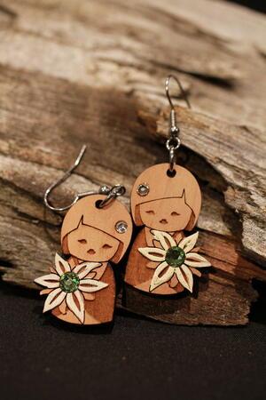 orecchini bambolina con stella alpina