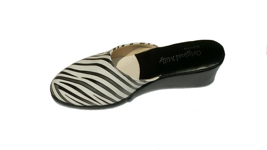 Milly 103 Zebrato bianco nero ciabatte pelle da camera chiuse